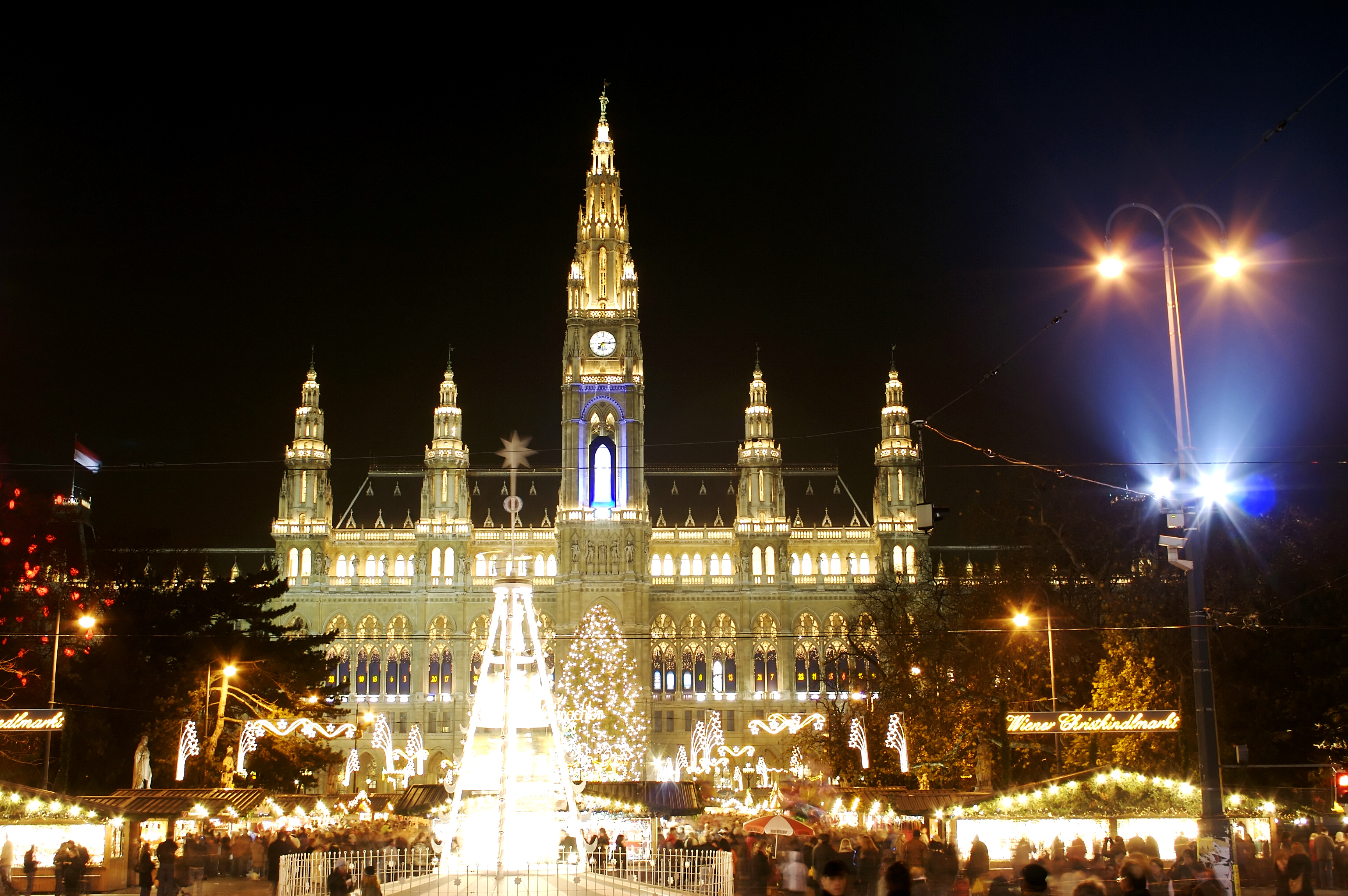 Christkindlmakrt-Vienna - Places to Visit During the Holidays