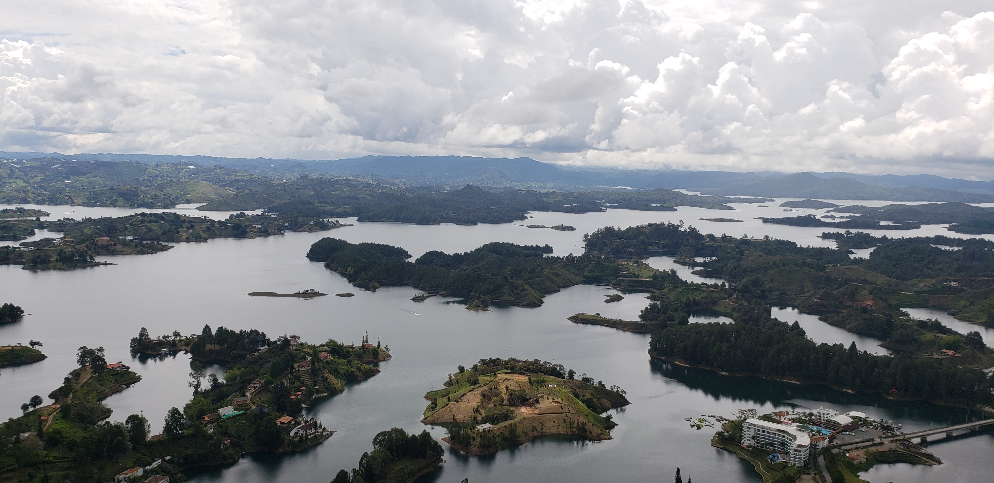 El Guatape - Why Visiting Medellin Should Be on Your Wish List