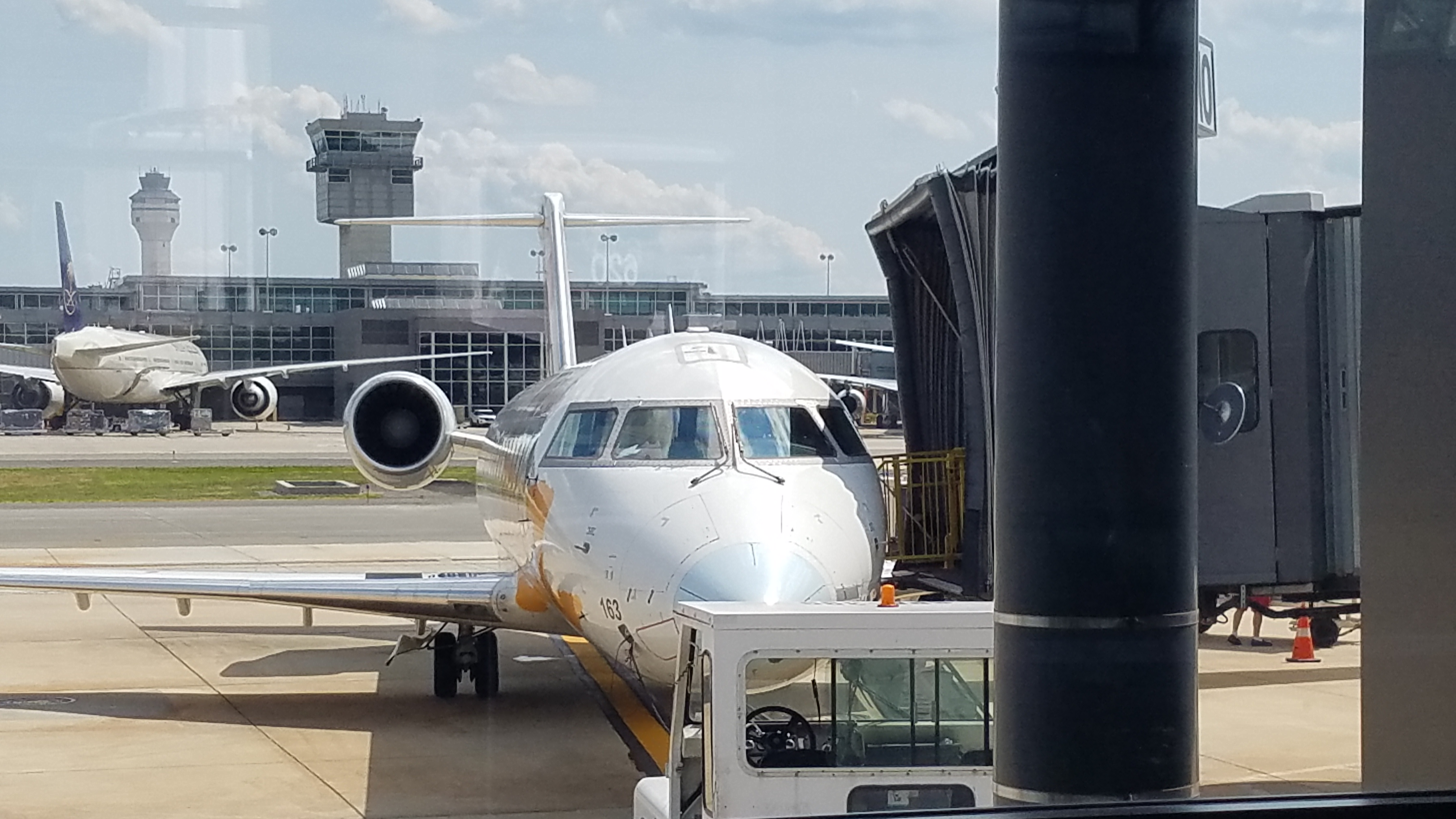 At the gate - Guidelines for First-Time Air Travel