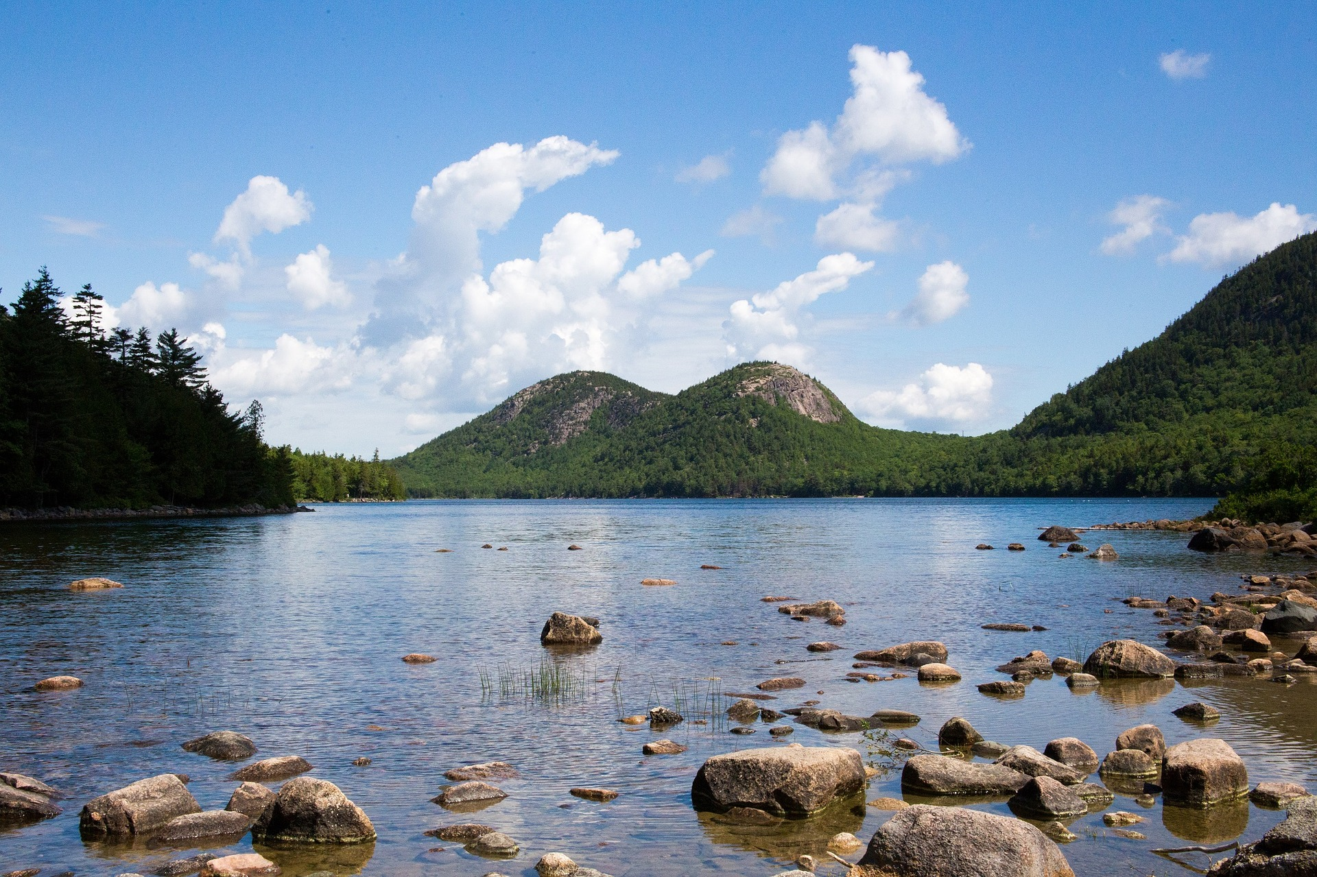 Jordan Pond - Self Drive Tours in the USA