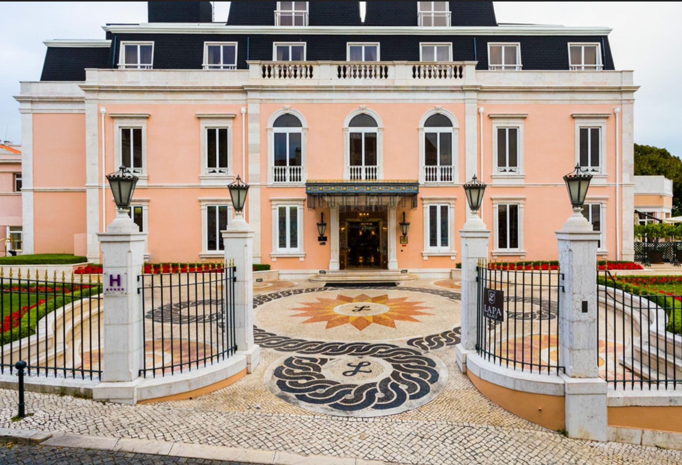 Olissippo Lapa Palace - Portugal Resorts - Best Places to Stay in Portugal